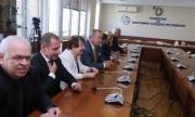 Борисов нахока КЕВР и резултатът не закъсня, ето с колко ще поевтинее парното