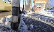 Павилионите около шахтата-убиец остават без ток