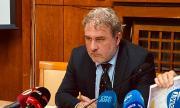 Боил Банов: Заплатите на артистите са гарантирани