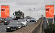 Великобритания забранява колите на бензин