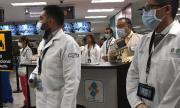 Около 5 400 здравни работници в Испания са диагностицирани с коронавирус