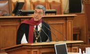 Даниел Вълчев: Правителството няма самочувствие да наложи по-строги мерки