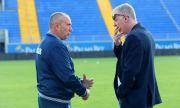 Станимир Стоилов все още не е подписал договор с Левски