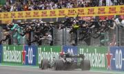Хамилтън успя! Британецът задмина Шумахер и вече е най-успешният в историята на F1