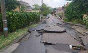 След стихията: В Лом е като след война, местните чакат помощ