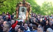 Изнесоха чудотворната икона на Богородица след 2-годишна реставрация