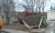 Масово събаряне на гаражни клетки в столичен квартал