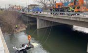 Кола падна от мост в София, има загинал