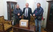 Консулството ни в Битоля дари хуманитарни пакети на нуждаещи се