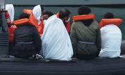 Мигранти на лобното място на Наполеон - нереализираната идея на британското правителство