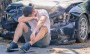 80-годишен моторист пострада тежко при катастрофа
