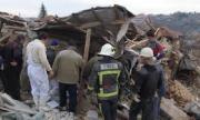 Взрив на газ събори триетажна къща край Русе