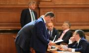 Парламентът реши за F-16 след драматични дебати