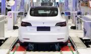 Електромобилите Tesla с батерии, издържащи 1.6 млн. км