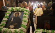 Мъж опита да  задигне чудотворна икона от столичен храм