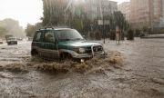 Има загинали при наводненията при съседите