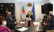 Николова обсъди мерките в туризма с КРИБ и БХРА