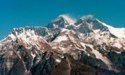 Непал отваря Еверест за туристи