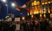 Брутално полицейско насилие на снощния протест! Кадрите са потресаващи (ВИДЕО)
