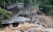 Близо 40 души са загинали заради проливните дъждове в Япония