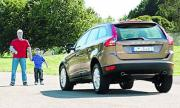 Volvo изтегля над 700 хил. коли