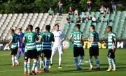 Черно море с 19 футболисти за Славия
