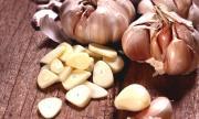 Защо трябва да ядем чесън на гладно?