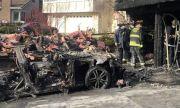 Защо са опасни електромобилите: Tesla предизвика пожар за милион долара