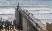 Мексико прати армия на границата със САЩ