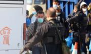 Тревожна информация от Гърция: Расте броят на заразените бежанци