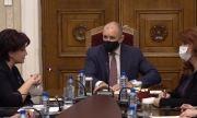 Караянчева към Радев: Спрете внушенията, че изборите ще са опорочени