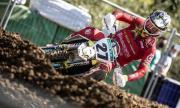 Състезател по мотокрос е в кома след жестоко падане на Гран При
