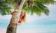 Антония Петрова със секси СНИМКИ от Малдивите
