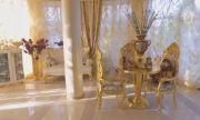 Катаджия се обзаведе със златни мебели