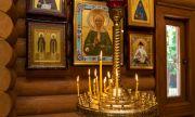 Опашки пред църквите в Гърция на Богоявление