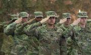 НАТО отрече: Не прехвърляме войски близо до Русия!