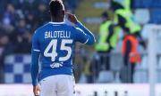 Третодивизионен италиански тим преговаря с Балотели