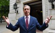 Скандалният архитект на Брекзит се оттегли