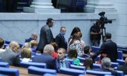 Депутатите разглеждат промени в Закона за оръжията
