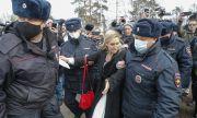 Арестуваха близка на Навални