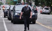 Мъж прегази две протестиращи жени