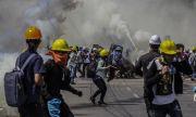 Криза в Мианма! Призив за освобождаването на задържани журналисти