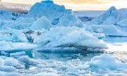 Откриха стрели, обувки, еленски тъкани и кости при разтопяване на ледник