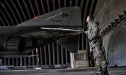 Турция изпрати военни самолети в Италия