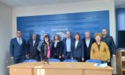 Манолова: Заставаме зад АЕЦ
