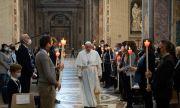Призив от Ватикана: Първо да бъдат ваксинирани бедните
