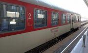 Разследват стрелбата по влака Своге-София