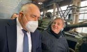 Борисов и Каракачанов инспектират модернизацията на танковете (ВИДЕО)