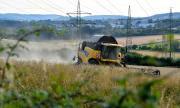 Германия допуска хиляди сезонни работници