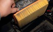 Защо някои шофьори смазват въздушния филтър с масло
